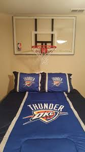 chambre basketball bedroom 2c0bd4efb0a3f7a7a13abae45e6c4449 basketball headboard