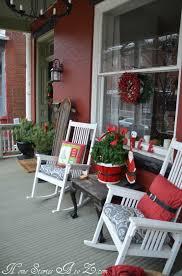 front porch christmas decorations 38 cool christmas porch décor ideas digsdigs
