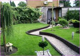 Rustic Landscaping Ideas For A Backyard Do It Yourself Backyard Landscaping Astounding Green Rectangle