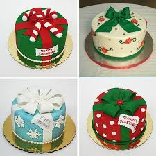 Christmas Cake Decorations From Icing by Best 25 Fondant Christmas Cake Ideas On Pinterest Christmas