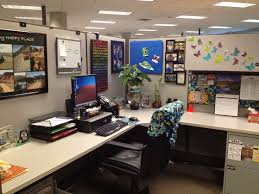 Office Desk Decoration Themes Office Cubicle Decoration Ideas Galleries Photo On