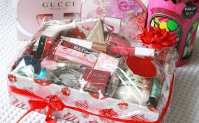 beauty gift baskets the black pearl uk beauty fashion and lifestyle