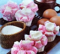 cara membuat bolu kukus empuk dan enak resep dan cara membuat kue bolu kukus tanpa mixer yang mengembang