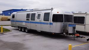 Ohio travel center images File airstream travel trailers in jackson center ohio 03 jpg JPG
