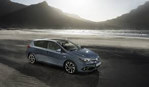 toyota new car 2015 2015 toyota auris facelift shares new details about its engine