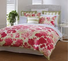 Teen Floral Bedding Floral Motif Bedding In The Bedroom Nytexas