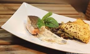 cuisiner l oseille fraiche saumon à l oseille et sa crêpe aux légumes