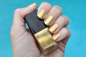 chanel chaine or nail polish review bay area fashionista