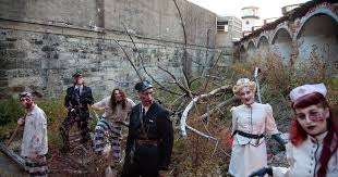 How To Make A Haunted Maze In Your Backyard 12 Scariest Halloween Attractions In Philadelphia U2014 Visit