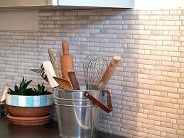 faux carrelage cuisine adhesif carrelage cuisine stickers sticker mural cuisine rouleau