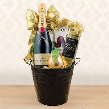 new year gift baskets new year chagne baskets at capalbo s gift baskets