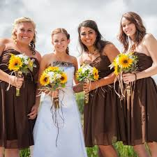 camouflage wedding with sunflowers tayler and her bridesmaids