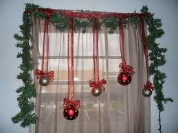 Christmas Window Ledge Decorations by Christmas Window Decoration Ideas Homesfeed