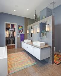 bathroom smale space at the roof top for bathroom design ideas