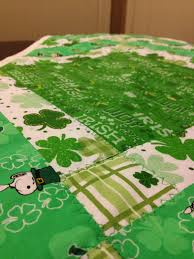 st patrick s day table runner adventures of a quilting novice st patrick s day table runner