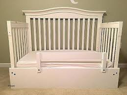 Convert Crib To Daybed Crib Into Daybed Dy Esy Rech Mttress Convert Delta Crib Daybed