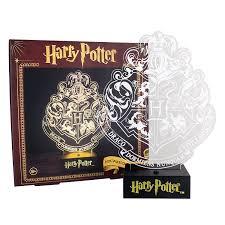 Dragon Light Crest Hill Amazon Com Paladone Harry Potter Hogwarts Crest Light Home