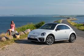 black volkswagen bug 2017 volkswagen beetle detailed in new photos and videos