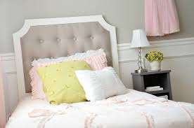 Making A Bed Headboard by Diy Tufted Headboard The Idea Room