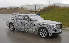 2018 rolls royce cullinan 2018 rolls royce phantom prototype drops some camo tries on