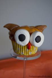 owl halloween cupcakes diy 10 ways to use marshmallows to make halloween cupcake toppers