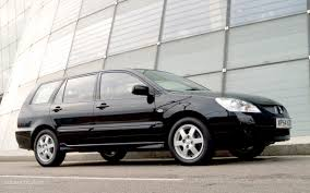 mitsubishi lancer combi specs 2003 2004 2005 2006 autoevolution
