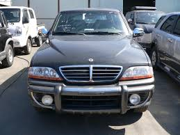 used 2004 ssang yong musso photos 2300cc diesel manual for sale