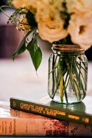 Pics Of Centerpieces by Best 25 Vintage Book Centerpiece Ideas On Pinterest Book