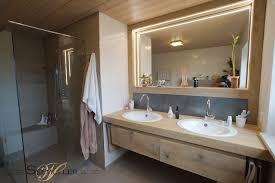 badezimmer doppelwaschbecken bad waschtisch rustikal badezimmer rustikal holz dachbalken