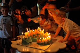 dinosaur themed birthday party the baking way