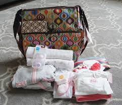 newborn baby needs my favorite things to take to the hospital when a baby