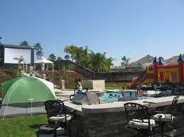 Backyard Movie Theatre by Outdoor Movie Party Rentals