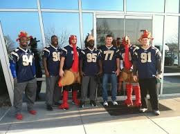 the st louis rams defensive line got in the thanksgiving spirit