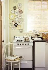 Kitchen Wall Decorating Ideas Wildly Creative Ways To Use Plates As Wall Decoration