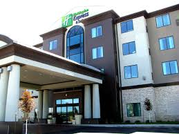 holiday inn express u0026 suites kansas city airport hotel by ihg