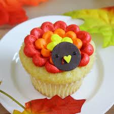 thanksgiving cup cakes thanksgiving cupcakes a time for thanks pinterest