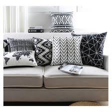 plaid noir canapé noir et blanc housse de coussin carte du monde plaid minimaliste