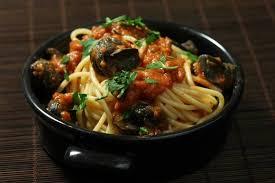 comment cuisiner des escargots recette de spaghetti aux escargots sauce tomate persillée facile et