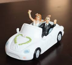 car cake toppers new arrival and groom in the car cake toppers wedding cake