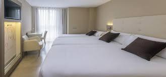 port chambre chambre de l hôtel serhs hôtel port barcelone