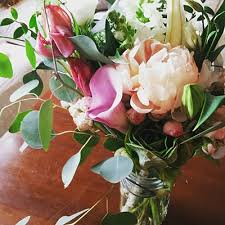 fresh flower delivery best 25 fresh flower delivery ideas on flower