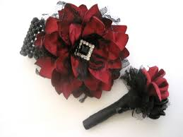 Corsage And Boutonniere For Homecoming Prom Homecoming Winter Formal Set Wrist Corsage Boutonniere