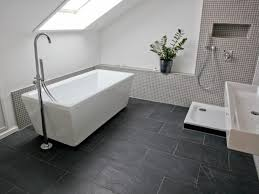 bad grau wei uncategorized kühles bad anthrazit beige badezimmer set bad