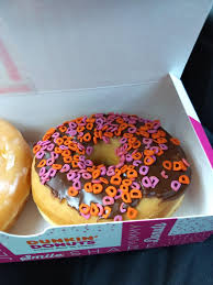 Doughnut Meme - put me like the dunkin donuts in my area has d s for sprinkles