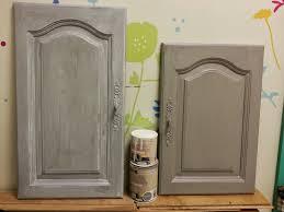 peinture d armoire de cuisine peindre armoire de cuisine en chene