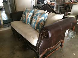 Leather Camelback Sofa by Pin By Sonja Stewart On Cool Camelback Leather Sofas Pinterest