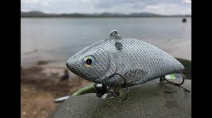 lipless crankbait making a bass fishing lure lipless crankbait youtube
