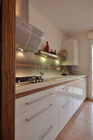 cuisine blanche plan travail bois awesome cuisine blanc laque plan travail bois 16 cuisea cuisines
