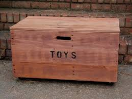 diy wooden pallet kid u0027s toy chest pallet furniture plans
