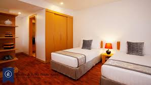 immaculate three bedroom condo for rent in ekkamai bowery and
